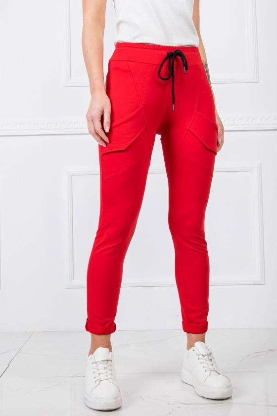 Raudonas odos imitacijos sijonas su praspiepu_130826