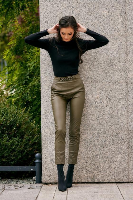 Oranžinės spalvos minimalistinė suknelė su sagutėmis_137177