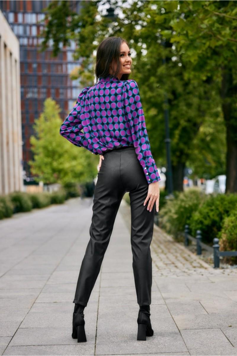 Neoninės žalios spalvos minimalistinė suknelė su sagutėmis_137205