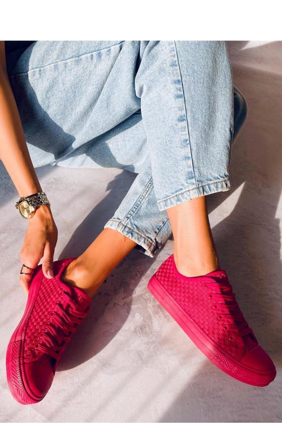 Kapučino spalvos midi suknelė iškirptais pečiais