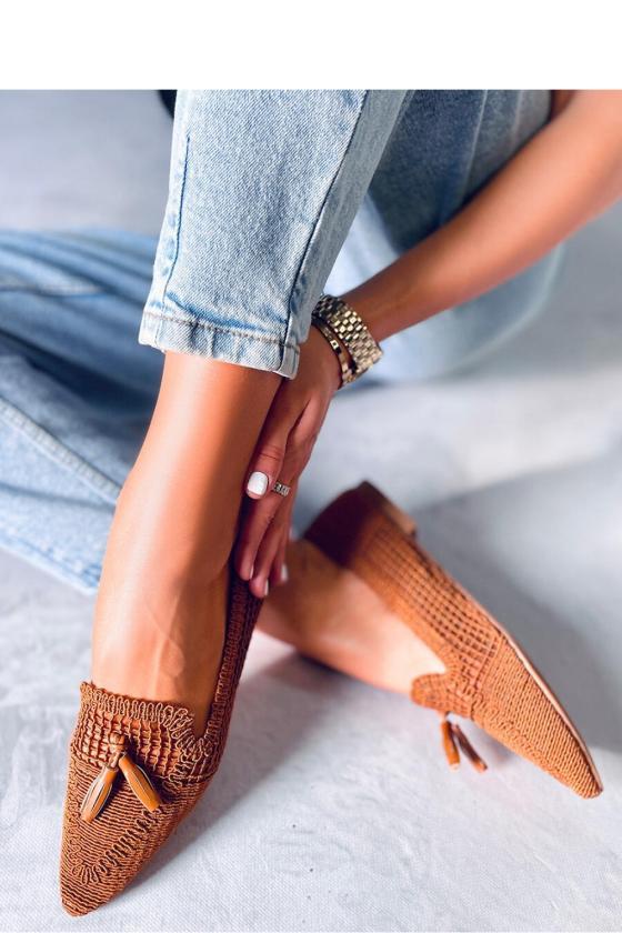 Juodos spalvos midi suknelė iškirptais pečiais_139580