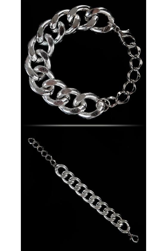 """Juodos spalvos užsegamas megztinis """"THE WORLD IS YOURS"""""""