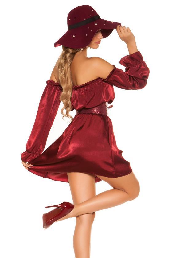 Pilkos spalvos suknelė aukštu kaklu