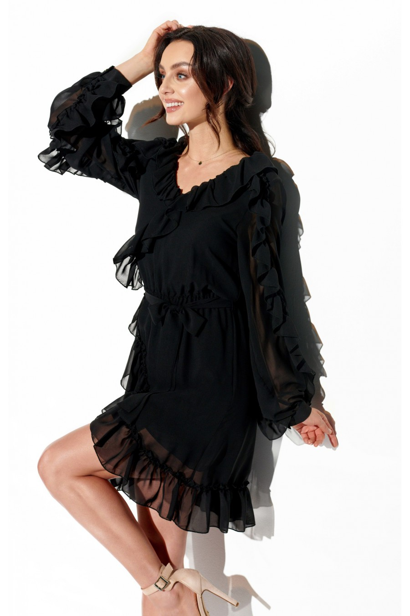 Juoda šifoninė suknelė su šilku