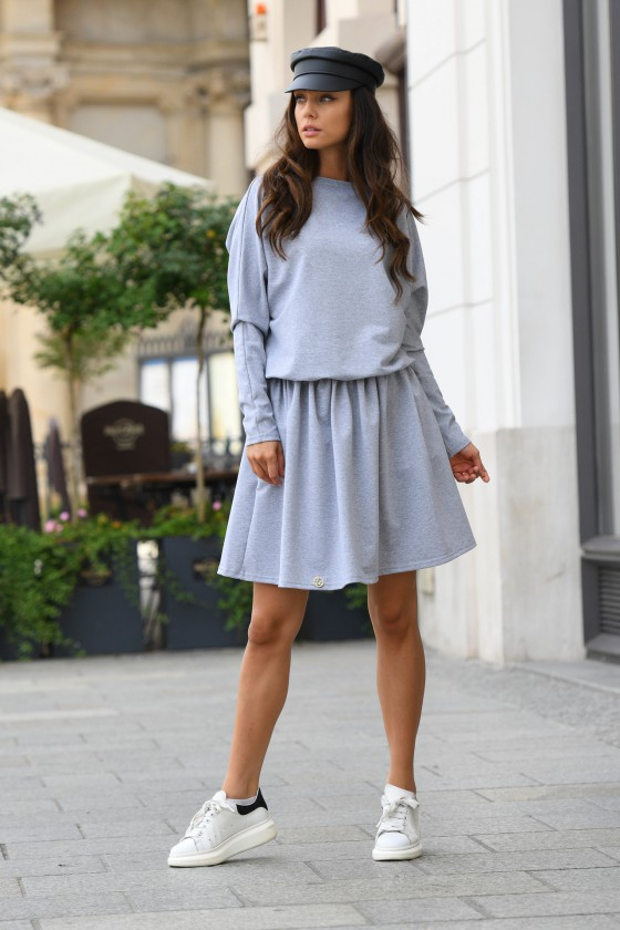 Pilkos spalvos laisvalaikio suknelė L348