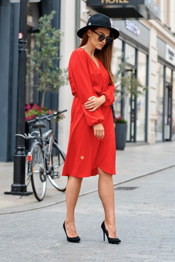 Raudonos spalvos surišama suknelė L345_146776