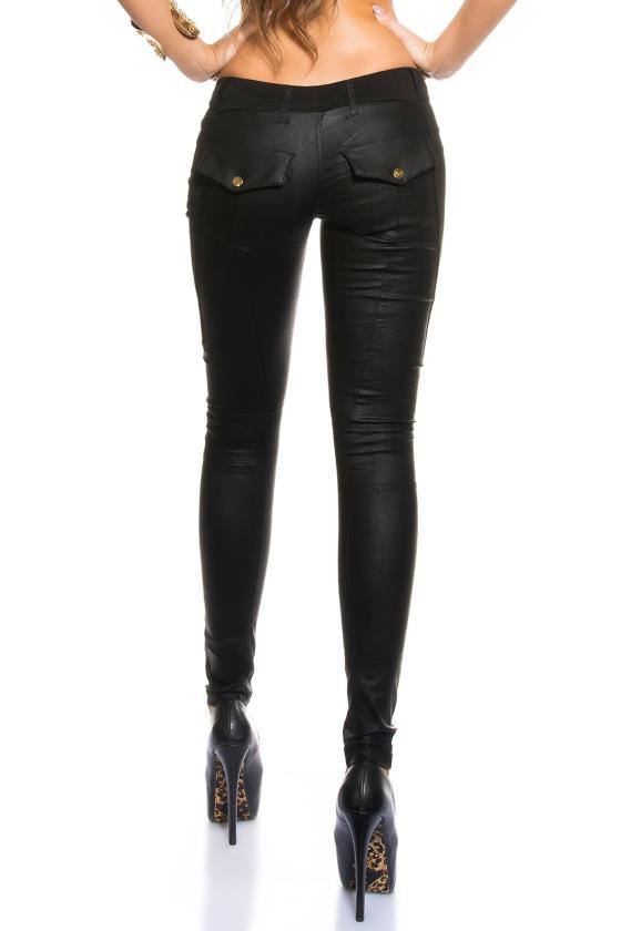 Juodos spalvos trumpa suknelė su blizgiais kūtais_149924