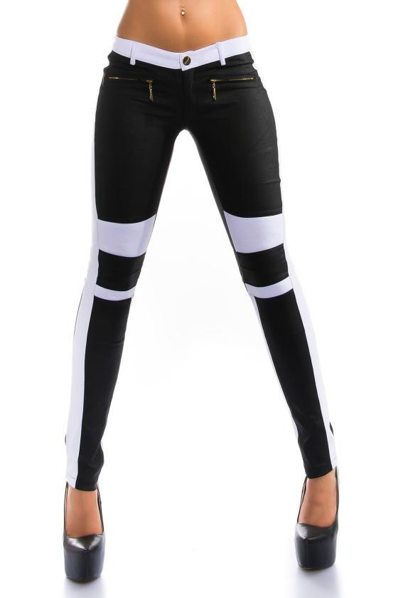 Baltos spalvos megztinio tipo suknelė_150091