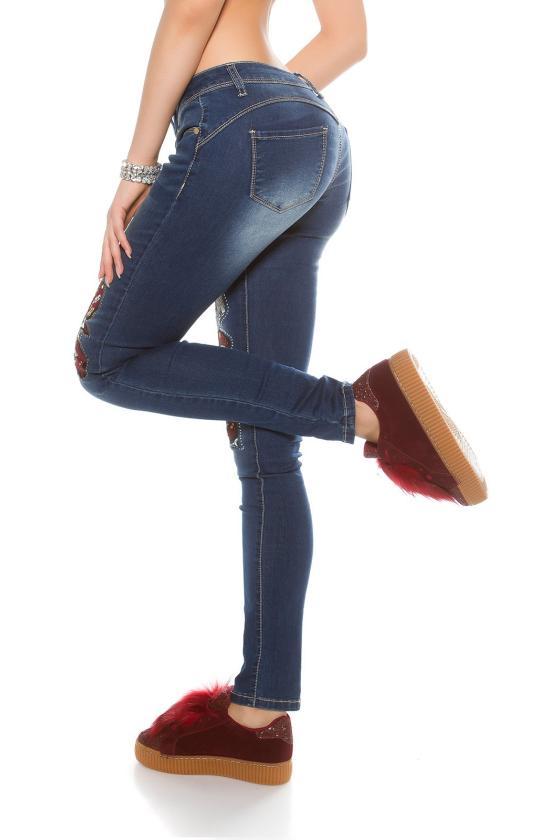 Persiko spalvos suknelė su kapišonu ir kišenėmis