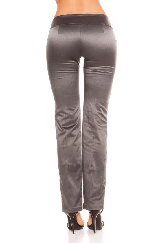 Kapučino spalvos suknelė su dirželiu