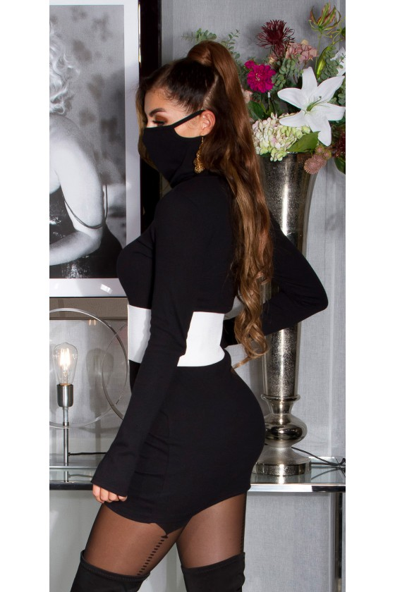 Juodos spalvos trumpa suknelė su kauke_152880