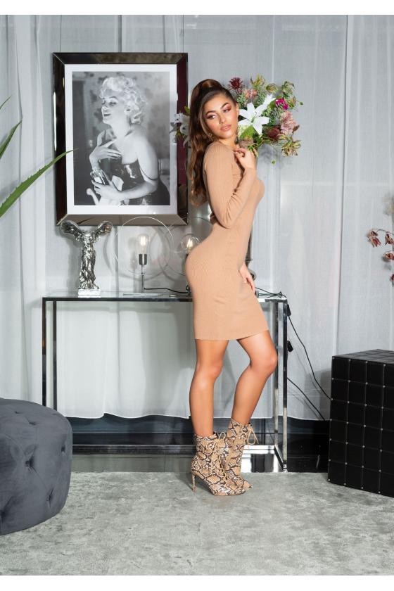 Raudonos spalvos latekso imitacijos termo kelnės