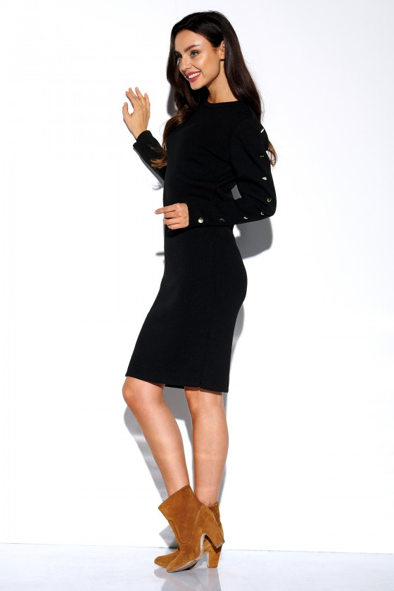 Elegantiška juoda suknelė su sagomis_154243