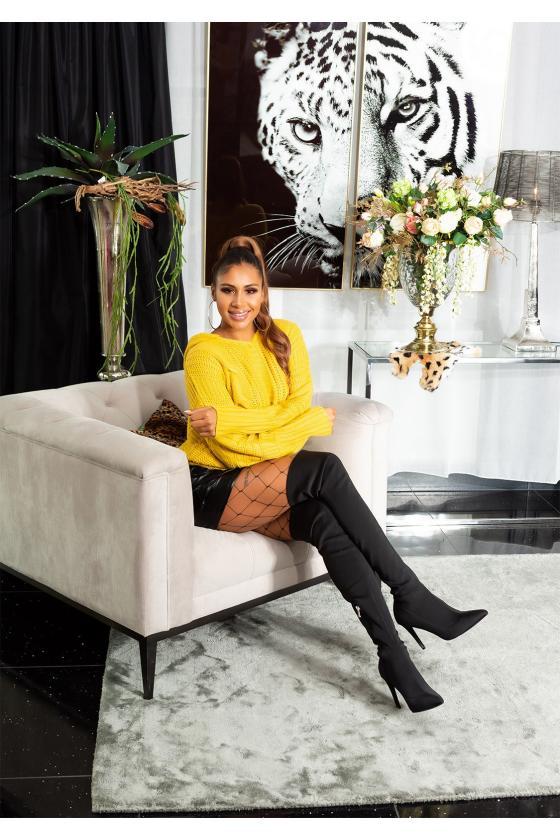 Raudonos spalvos laisvalaikio suknelė su gobtuvu_155576