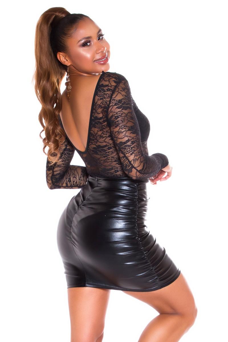 Baltos spalvos velveto imitacijos suknelė_167009