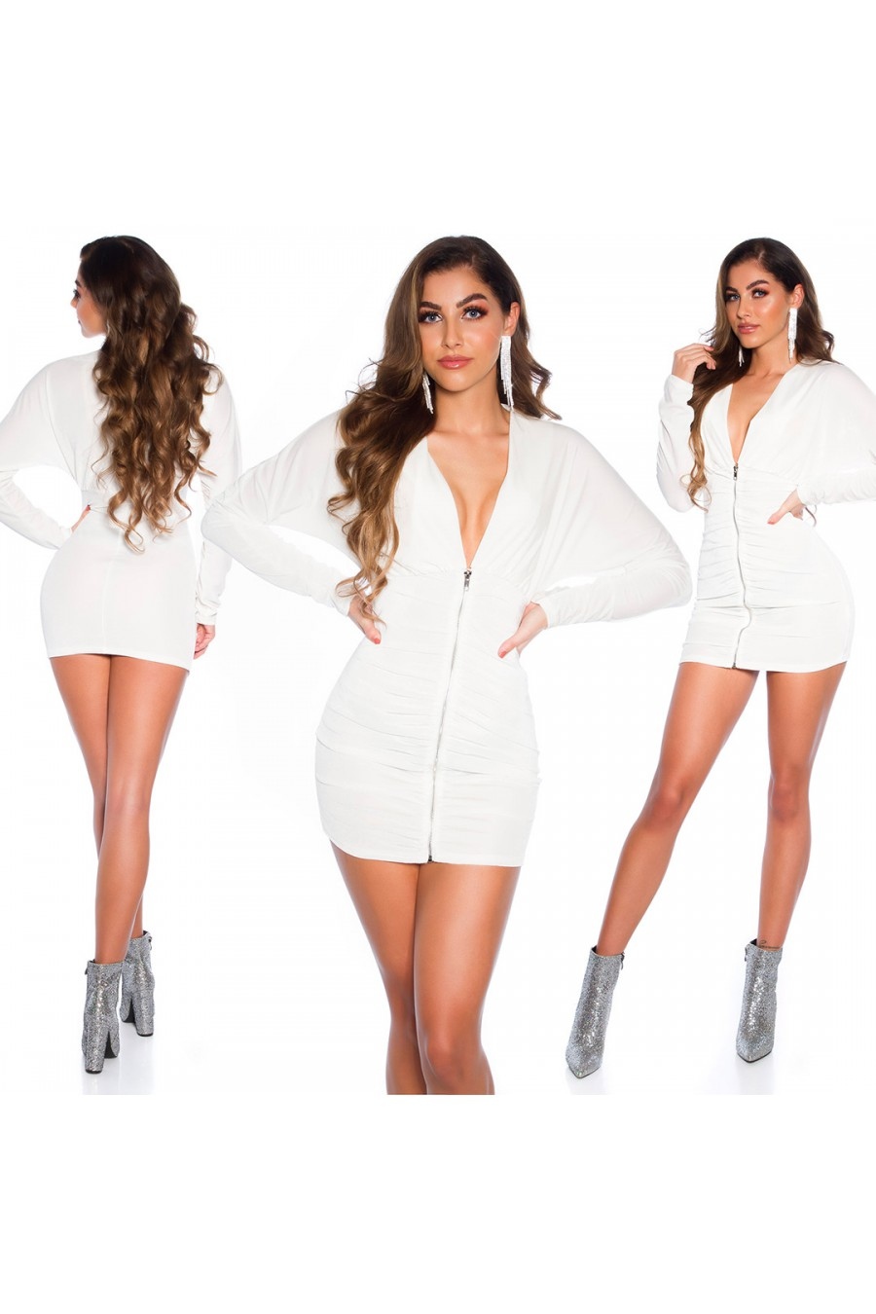 Baltos spalvos velveto imitacijos suknelė_167011