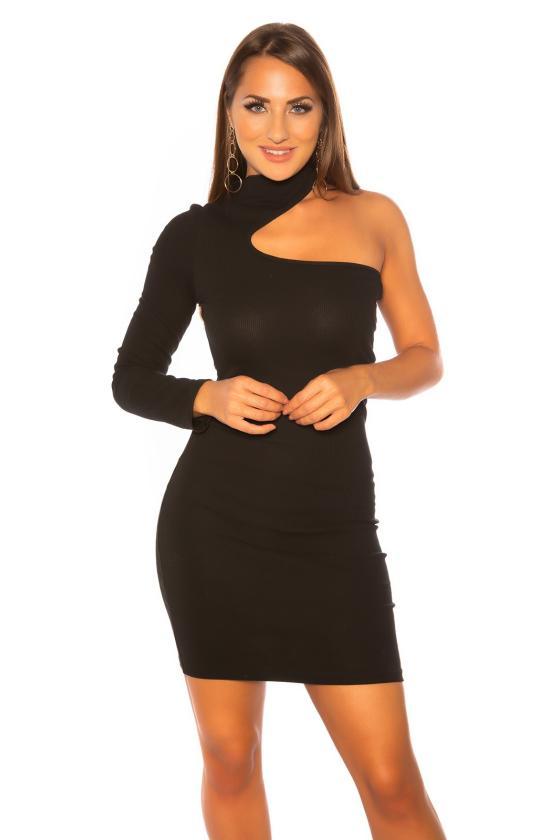 Žalios spalvos megzta suknelė