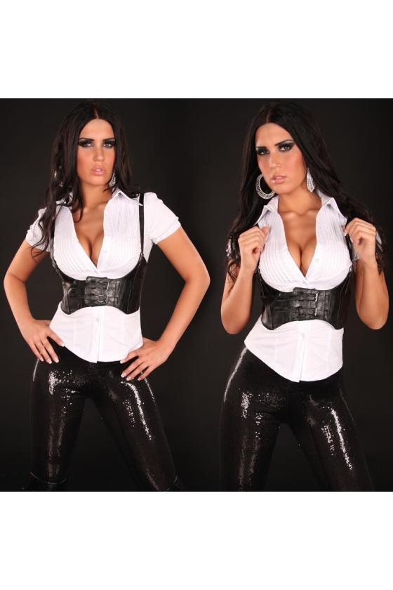 Raudonos spalvos sijonas su praskiepu