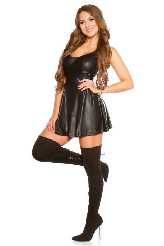 Baltos spalvos minimalistinė suknelė_174344