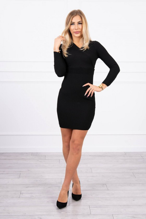 Juodos spalvos šilta suknelė 5081_174390