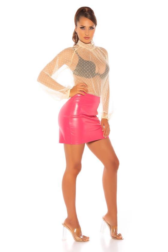 Baltos spalvos suknelė atvirais pečiais_176259