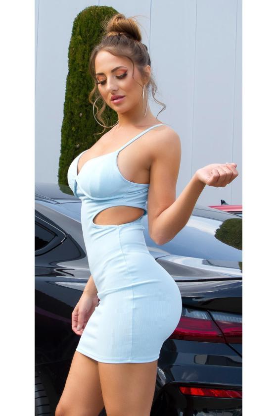 Raudonos spalvos suknelė atvirais pečiais_176297