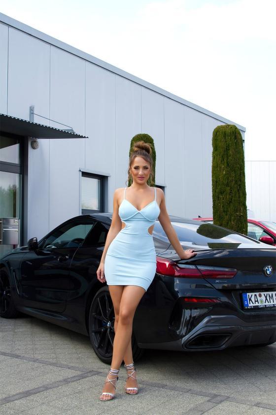 Raudonos spalvos oversize tunika su aplikacija_176383