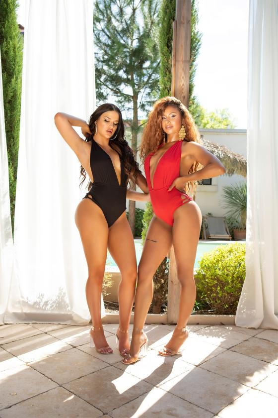 Stilingi cargo stiliaus džinsai