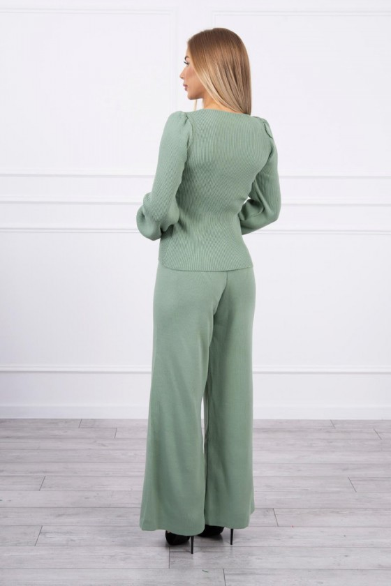 Mėtų spalvos megztas kostiumas_180365