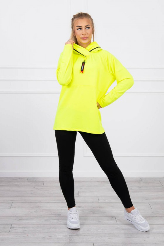 Neoninės geltonos spalvos bliuzonas 0160_180620