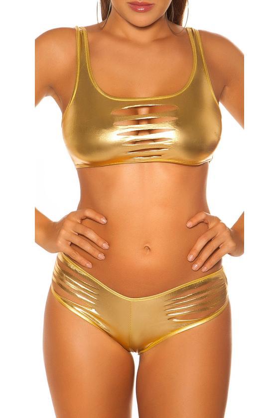 Baltos spalvos raukiniuota suknelė_182594