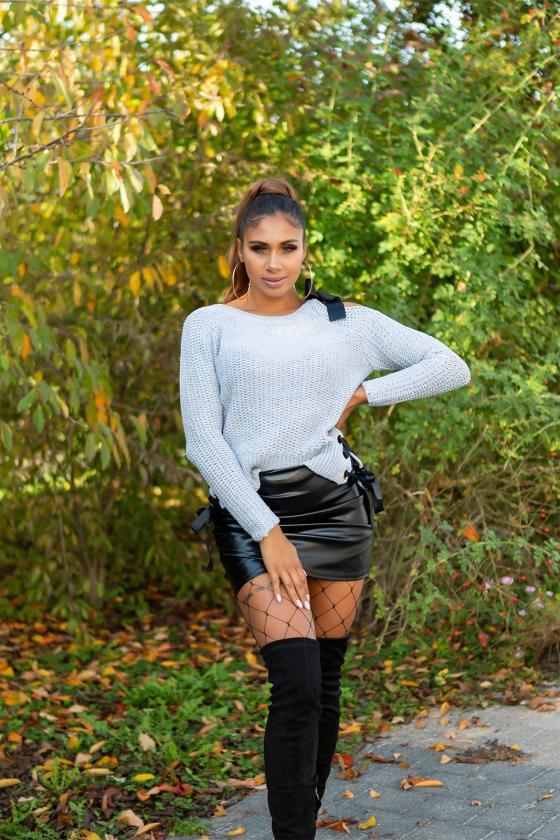 Juodos spalvos kelnės su push up efektu_183995