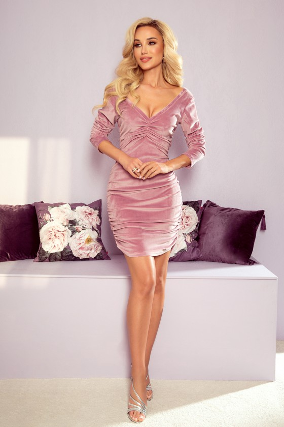 Purvinos rožinės spalvos suknelė su raukiniais_186923