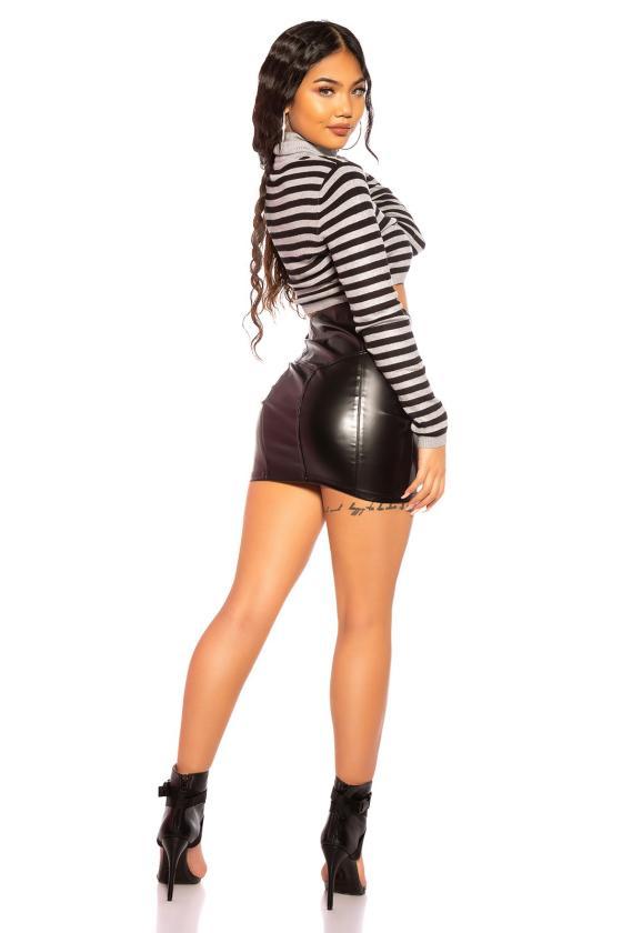 Juodos spalvos ilga vakarinė suknelė