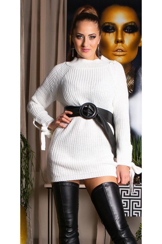 Juodos spalvos suknelė dekoruota sparnų aplikacijomis_192898