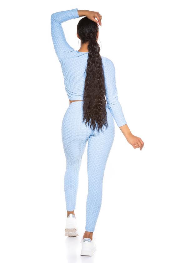 Rausvos spalvos suknelė atvirais pečiais_195502