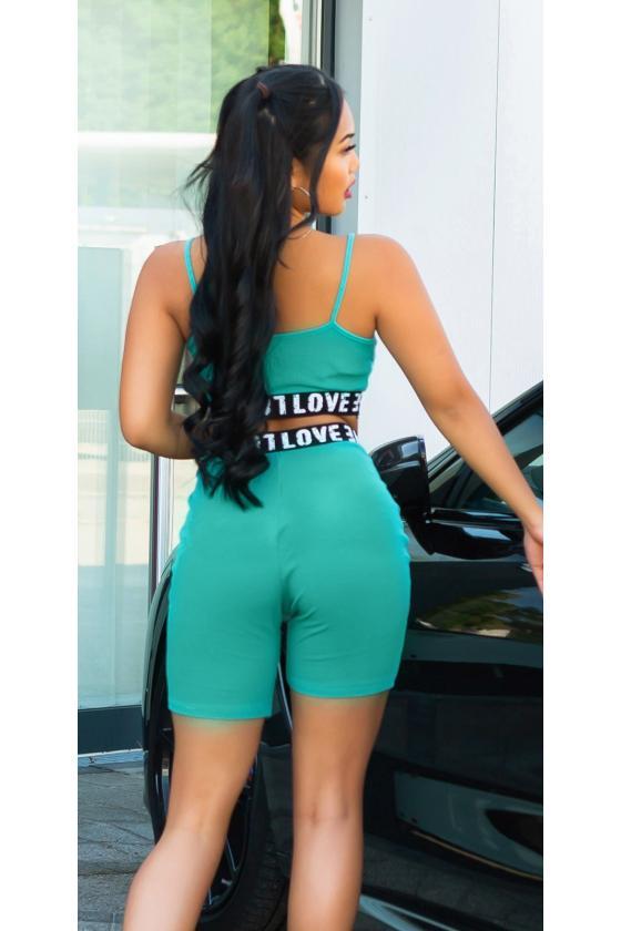 Žalios spalvos megztinis su kiauriaraščiu