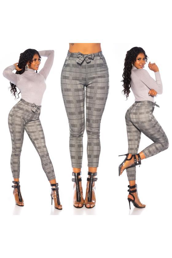 Šilta rožinės spalvos tunika su gobtuvu