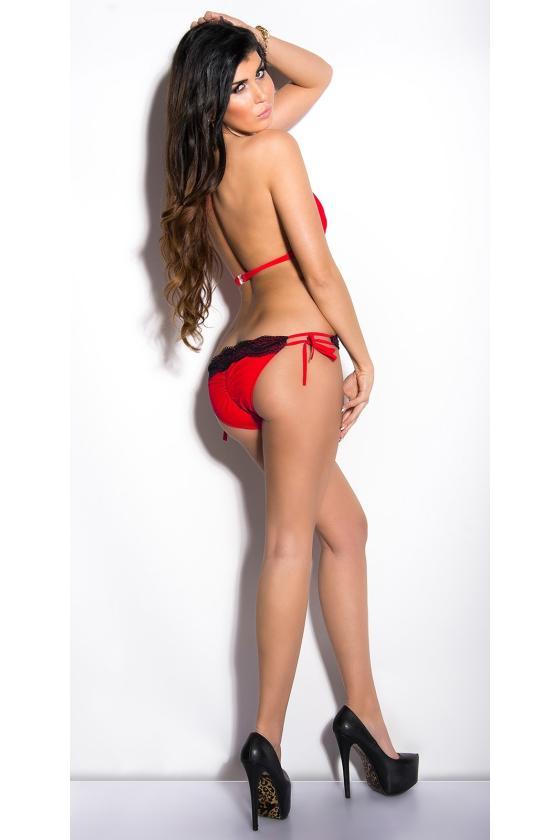 Elegantiška raudona vidutinio ilgio suknelė
