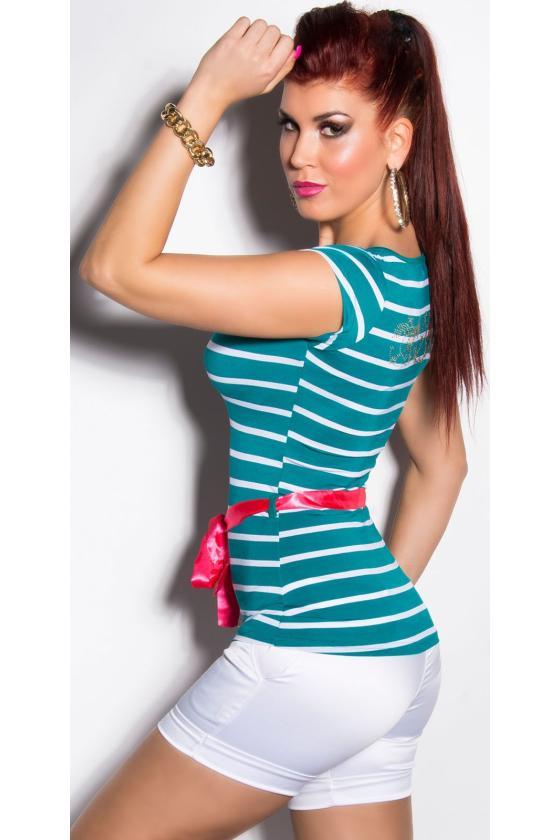 Juodos spalvos suknelė atvirais pečiais_203809