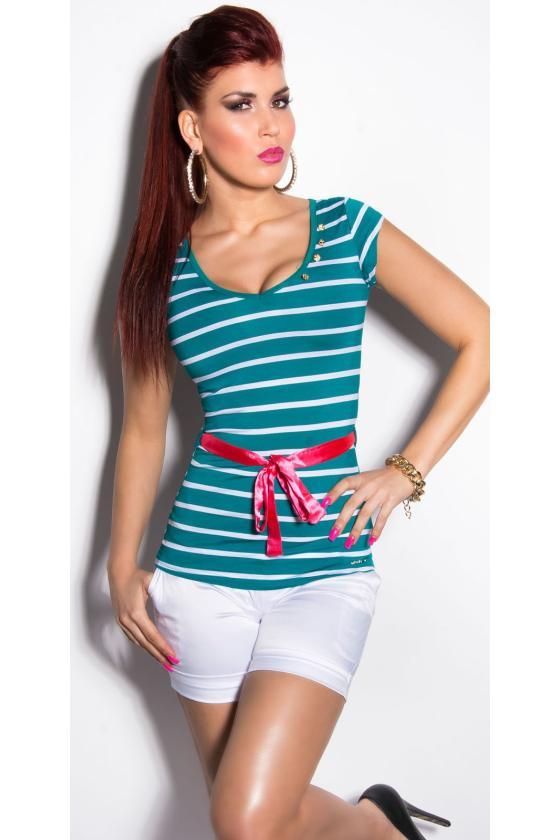 Juodos spalvos suknelė atvirais pečiais_203810