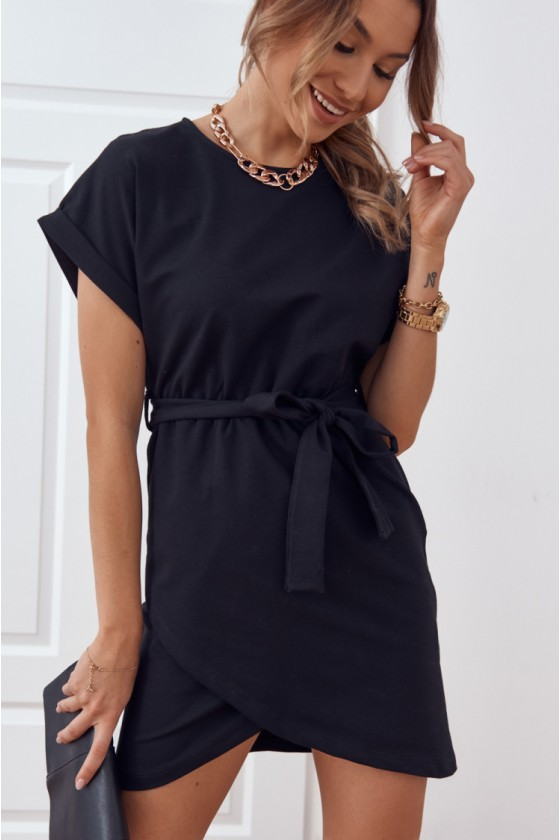 Juodos spalvos suknelė su dirželiu FI596_203879