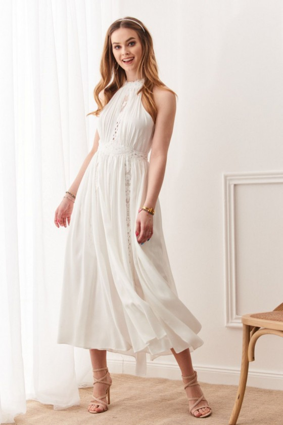 Baltos spalvos ilga suknelė 19032
