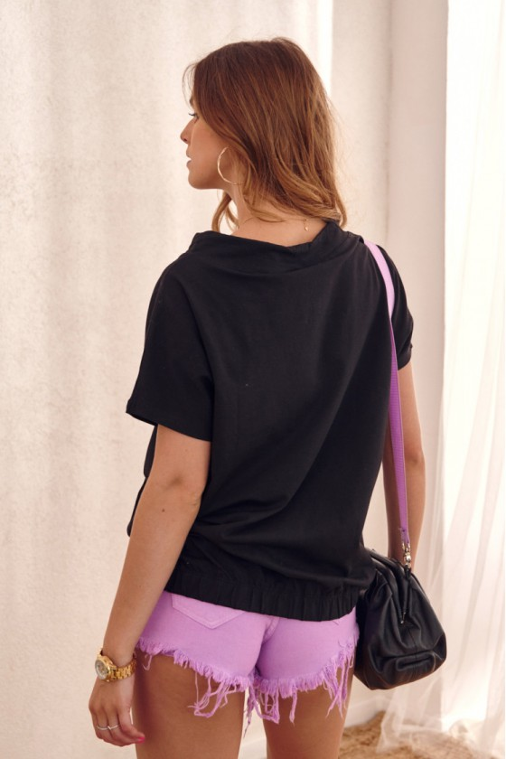 Violetinės spalvos plėšyti džinsiniai šortukai_206940
