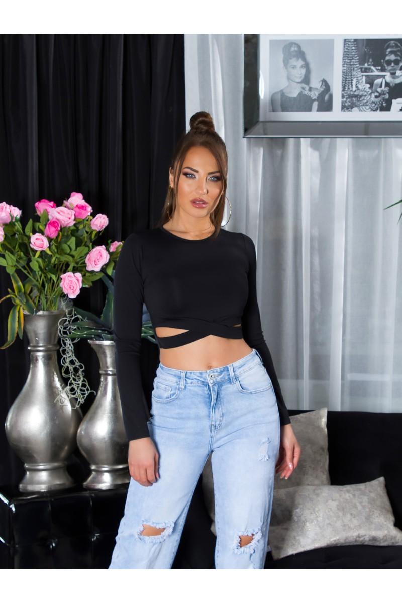 Raudonos spalvos laisvalaikio kostiumėlis_208705