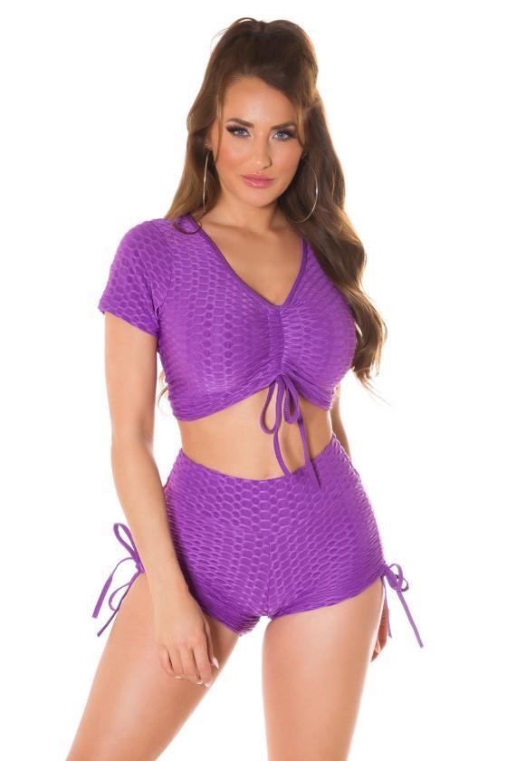 Juodos spalvos šortukai su dirželiu