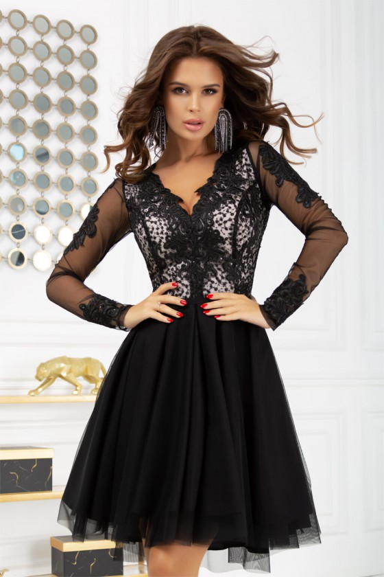Juodos spalvos suknelė 2160 Bicotone