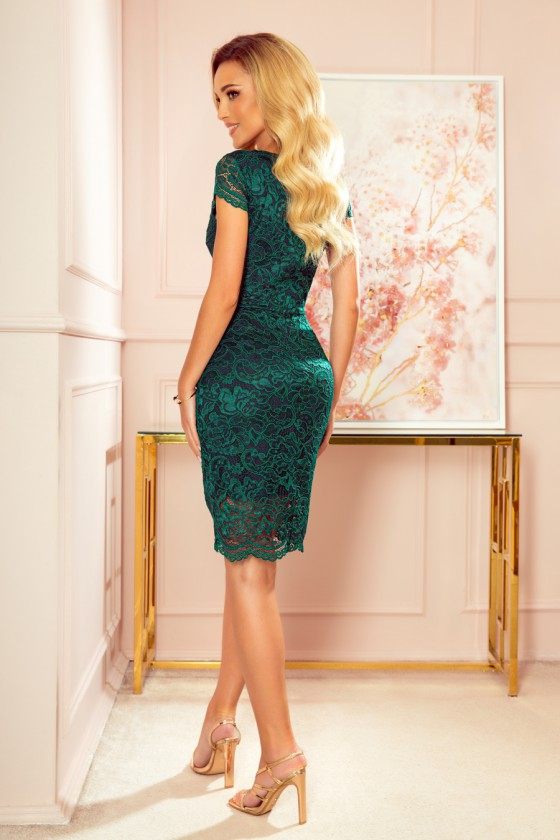 Žalios spalvos nėriniuota suknelė trumpomis rankovėmis_216055