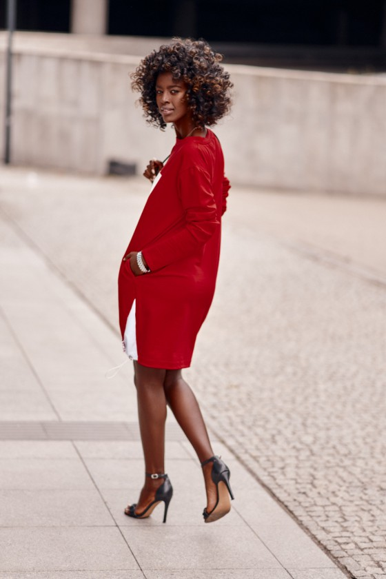 Raudonos spalvos suknelė FI670_218733