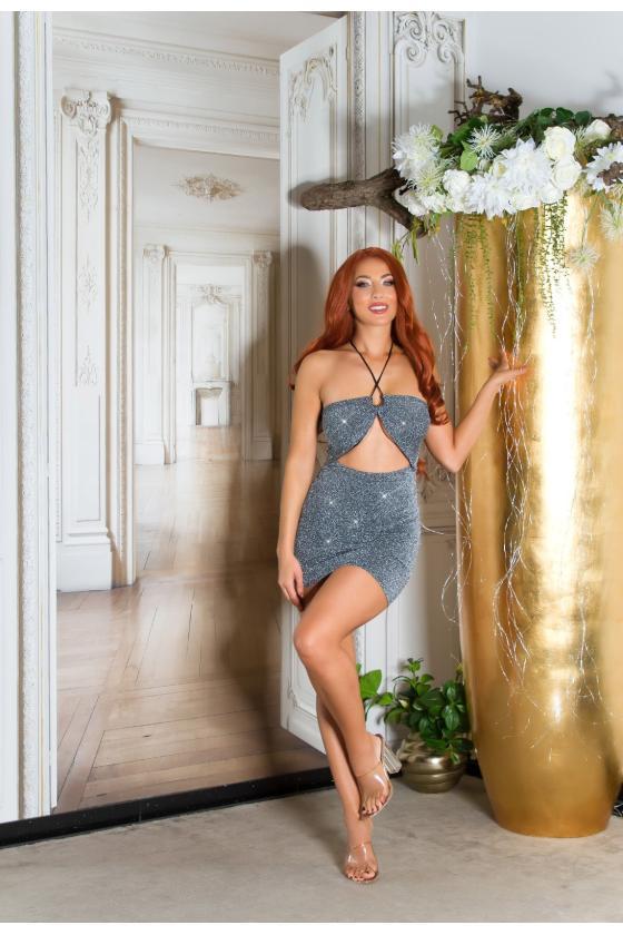 Juodos spalvos elegantiška veliūrinė suknelė